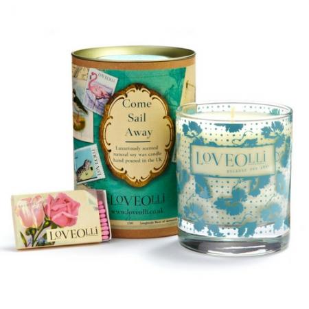 Loveolli Come Sail Away Candle